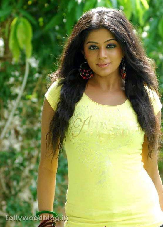 Priyamani Latest Photos In Yellow TShirt glamour images