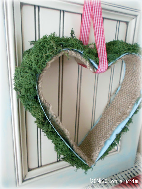 Mossy Heart Decor via http://deniseonawhim.blogspot.com