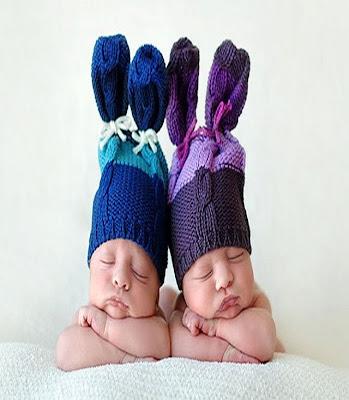 Des jumeaux bébés qui dorment