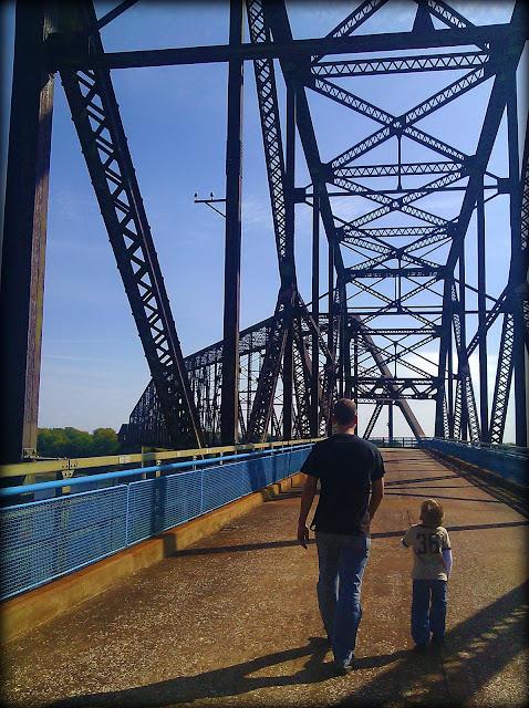 22 Angle on Bridge
