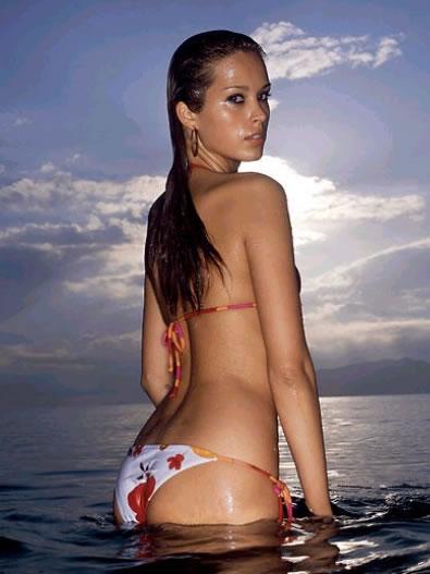 bikini wallpapers. Megan Fox Bikini Wallpapers