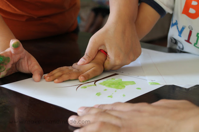 Grandparent's Day Handprint Tree! -- paint hand and make prints