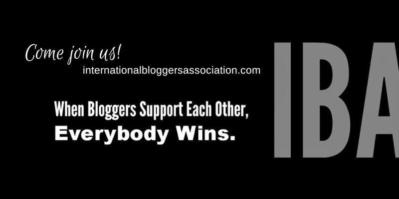 International Blogger's Association - Hello, Handbag