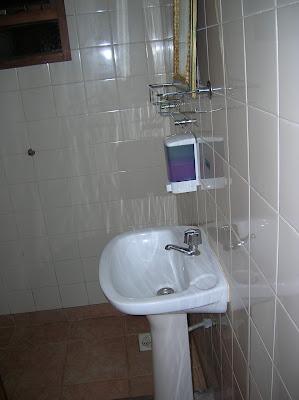 Baño Pop Hostel Garden, Puerto de Iguazú, Argentina, vuelta al mundo, round the world, La vuelta al mundo de Asun y Ricardo