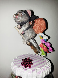 Ooak mouse befana epiphany witch