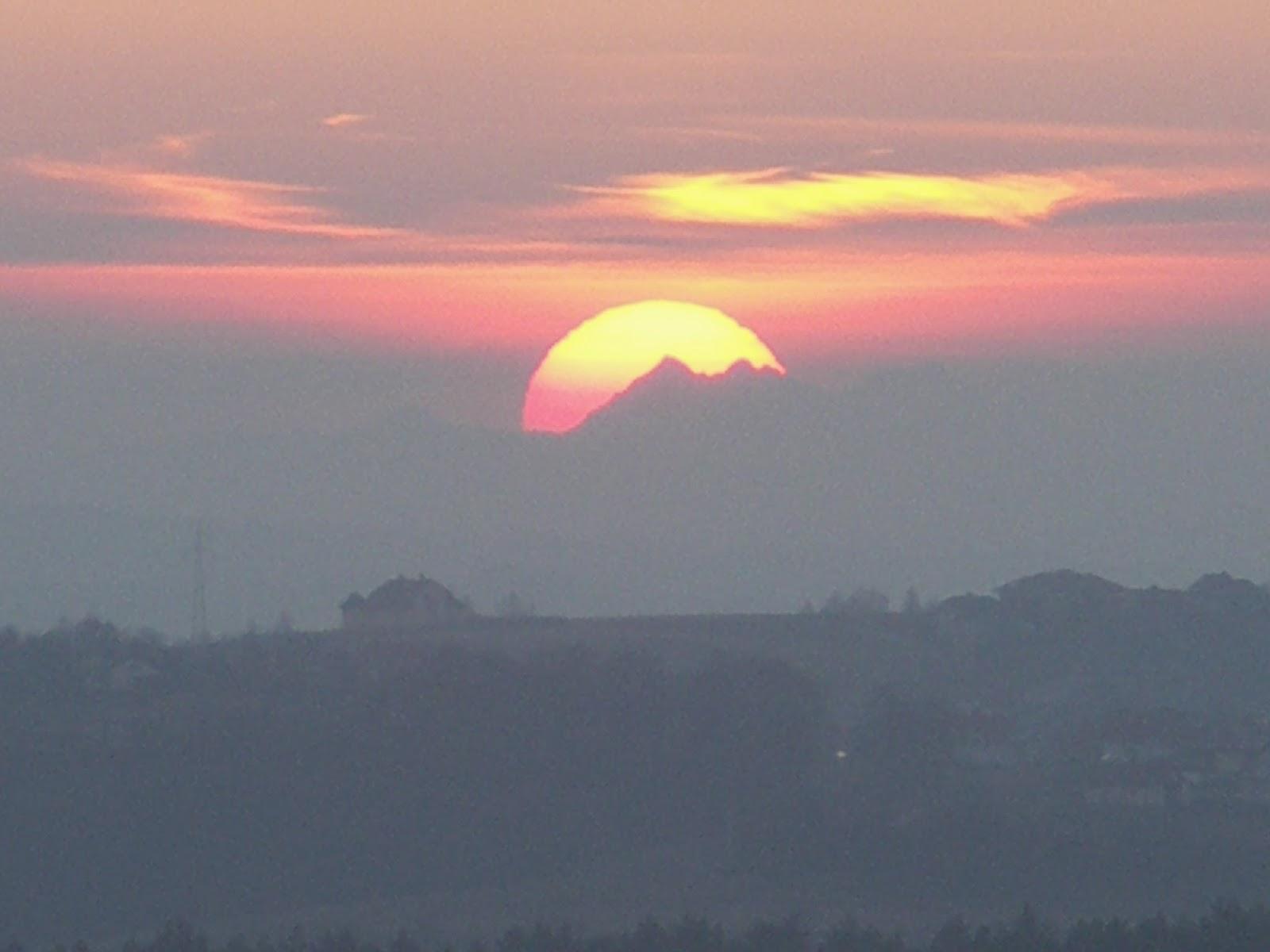 Zachód Słońca za Tatrami, Magdalenka, Rzeszów, widok na Tatry z Rzeszowa, Podkarpacie