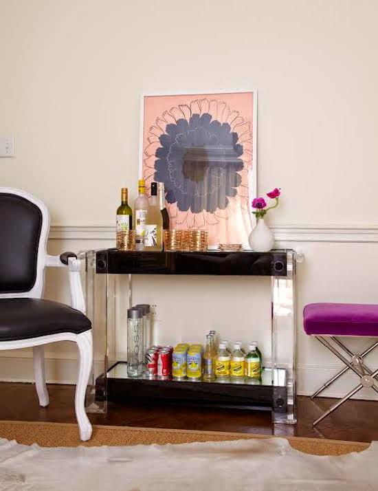 the zhush home tour back bay boston. Black Bedroom Furniture Sets. Home Design Ideas