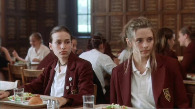 piper perabo and mischa barton an all girls college