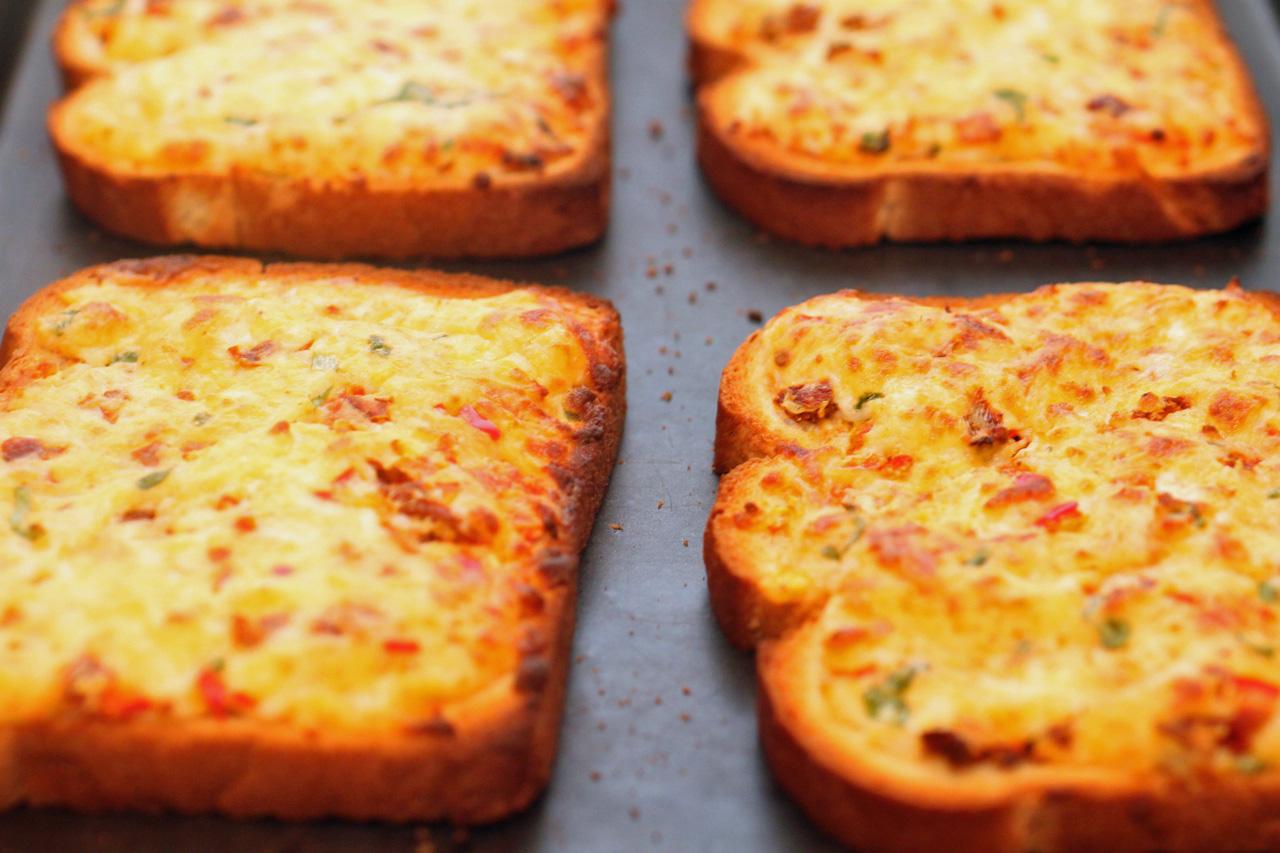 cheese+toast.jpg