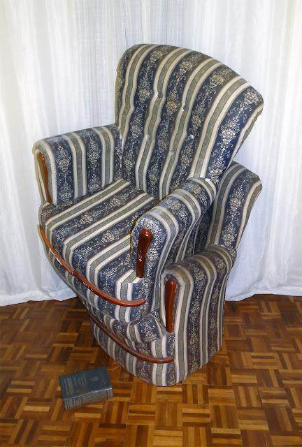 A poltrona sentada