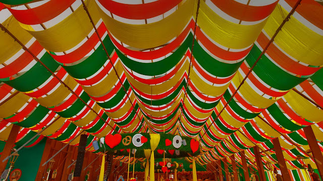 Interior of a beer tent at Oktoberfest in Munich, Germany (© WRIGHT/Superstock) 657