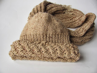 Шапка и шарф своими руками, вязаная шапка, вязаный шарф, красивая шапка, пряжа с люрексом, вязание на заказ, вязаный комплект