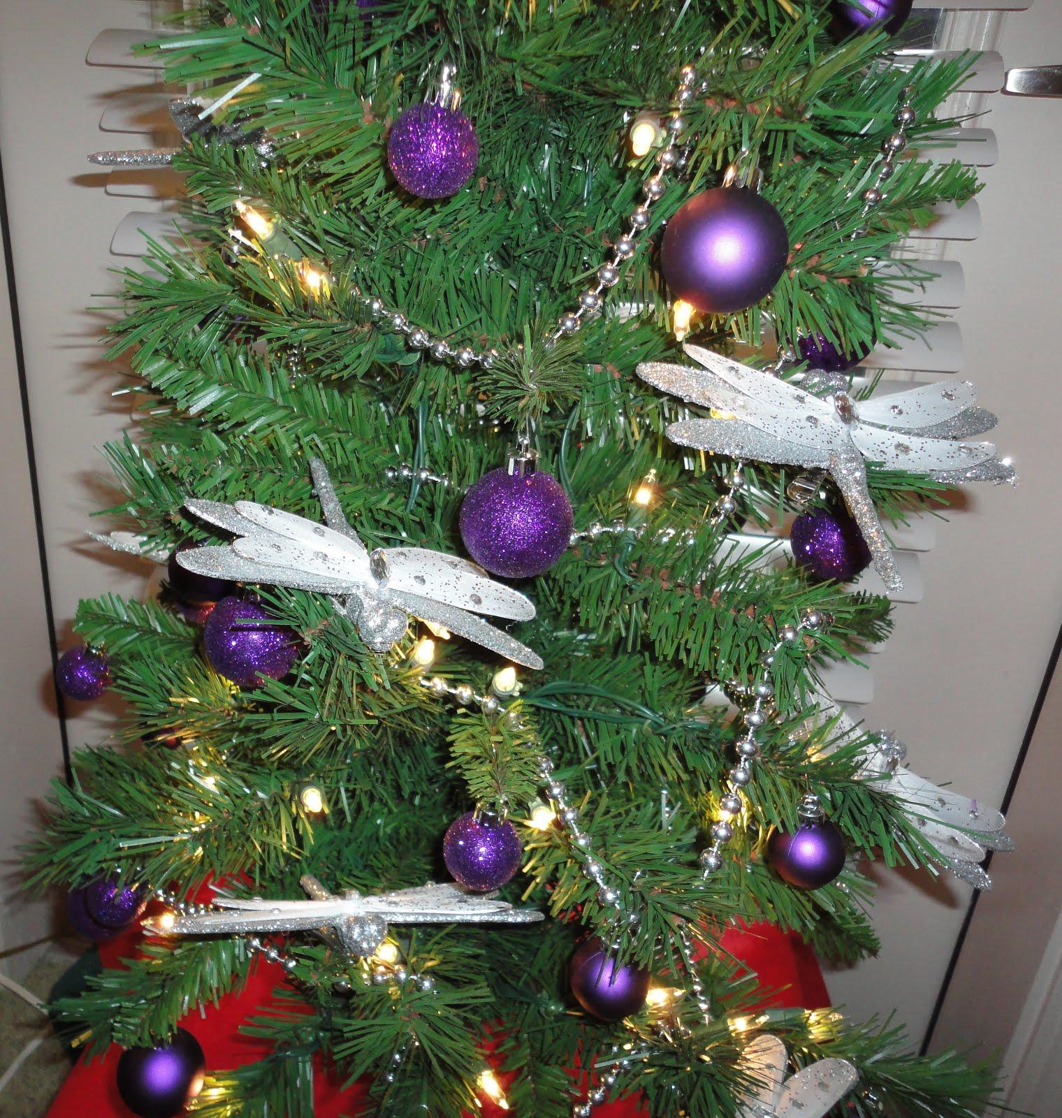 Bonnie Lewis\'s Fondest Christmas Memories