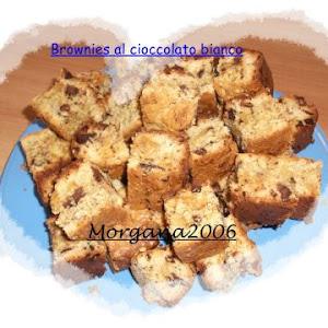 Brownies al Cioccolato Bianco Cotto e Mangiato