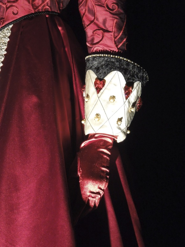 Queen of Hearts Once Upon a Time glove