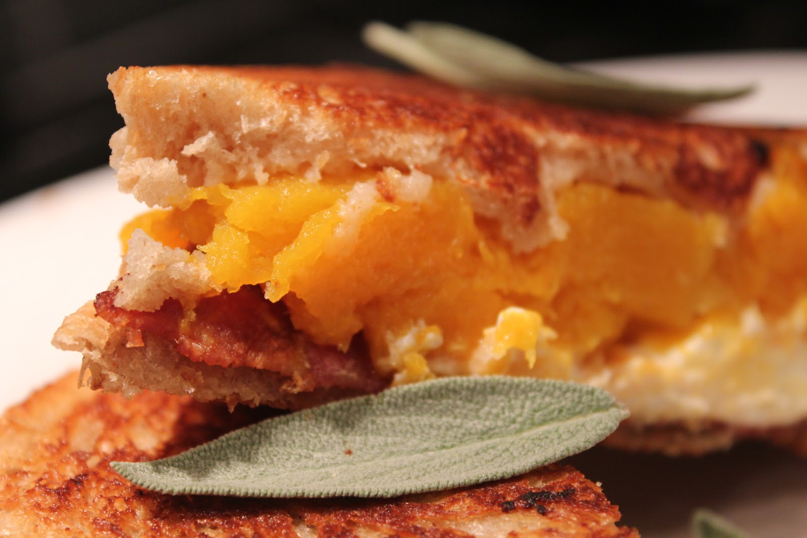 Delicious Dishings: Butternut Squash And Bacon Grilled Cheese