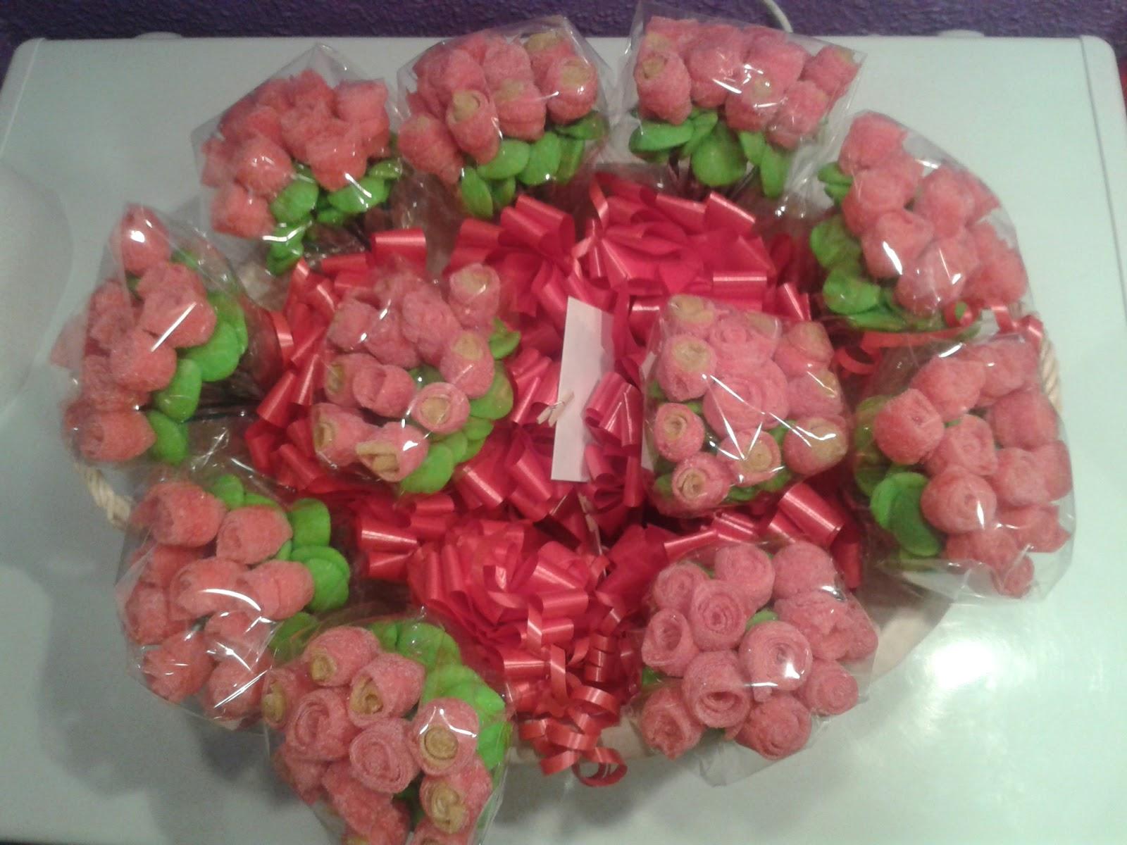 Ramos de rosas y tartas de chuches happy cumple - Ramos para regalar ...
