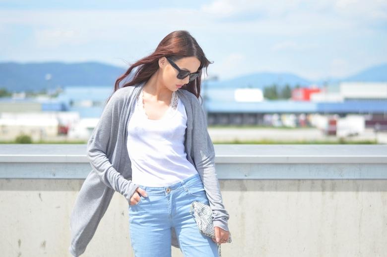 Outfit_rib_Tank_Top_Frauen_Damen_kombinieren_Alltag_Cardigan_ViktoriaSarina