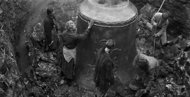 the theme of the relation between war and the loss of innocence in andrei tarkovskys film ivans chil