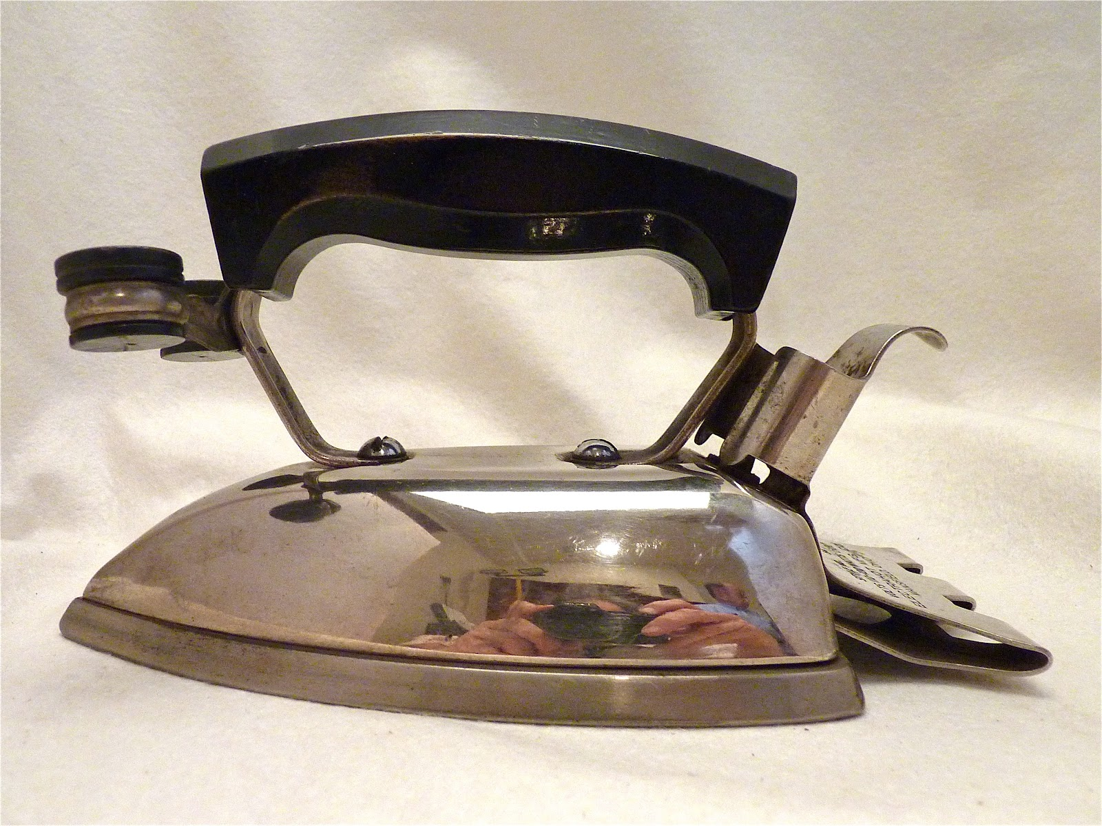 Antique Electric Irons ~ Electrahot style no vintage electric irons