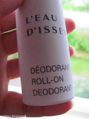 tuoksujen maailma: deodorantti