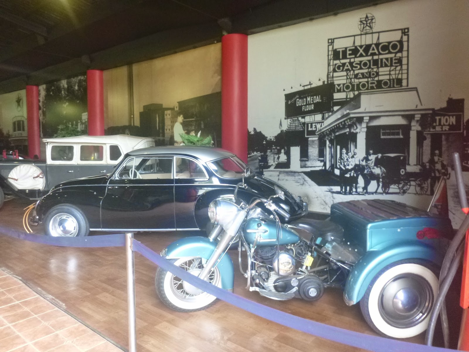 Museu do automóvel - Parque Barigui - Curitiba - VIAJAR