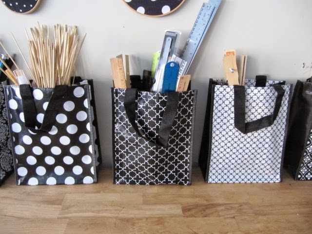Sew Many Ways...: Cute Shopping Bags are Great for Storage...