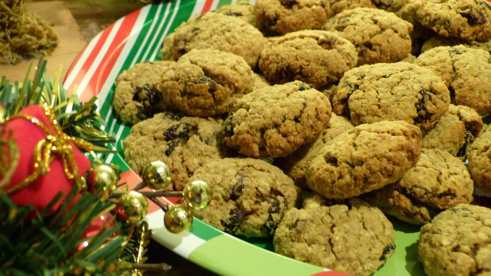 Christmas Cookie Countdown - Oatmeal Raisin Cookies - Ginger Peachy