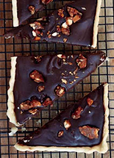 Chocolate praline tart