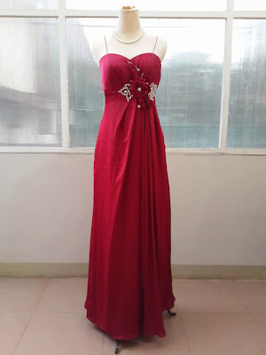 Sewa Model Longdress Pesta Warna Maroon