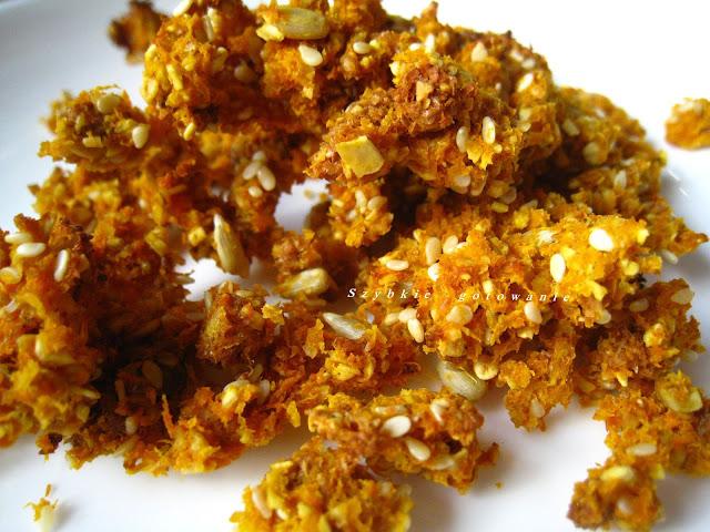 Domowe crunchy marchewkowe z resztek z sokowirówki