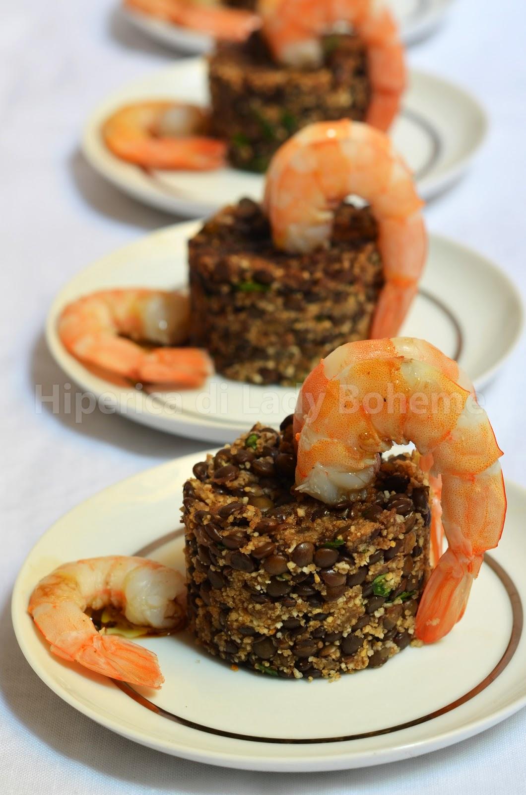 hiperica_lady_boheme_blog_cucina_ricette_gustose_facili_veloci_antipasto_con_code_di_gamberi_e_lenticchie_nere_2