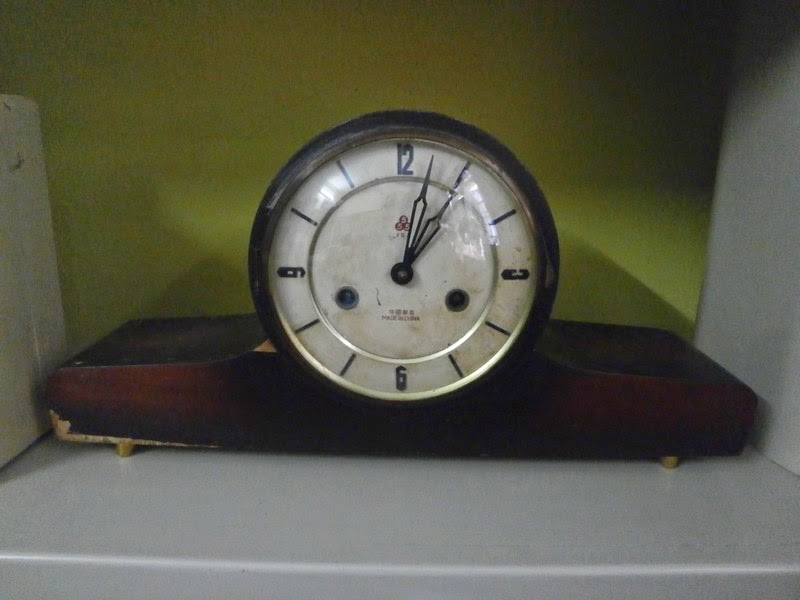 Table Clock 555