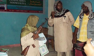 Juara baca Al-Quran, 4 budak dapat hadiah Senapang automatik dan Grenad