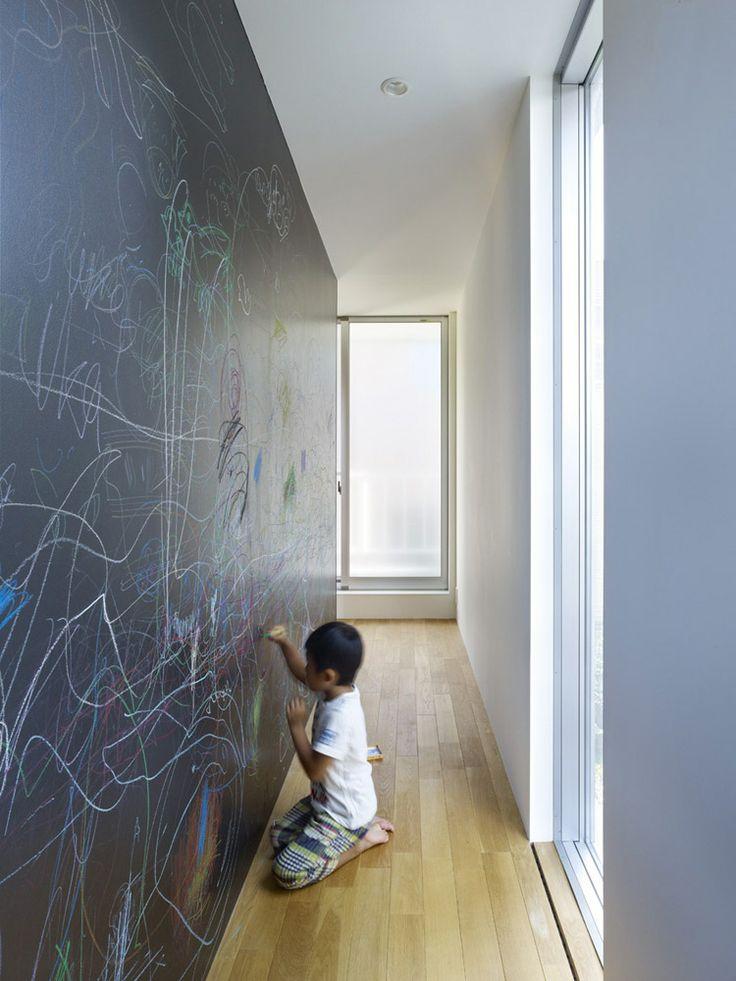 S cale partido a tu pasillo ideas para decorarlo for Pintura para pasillos largos