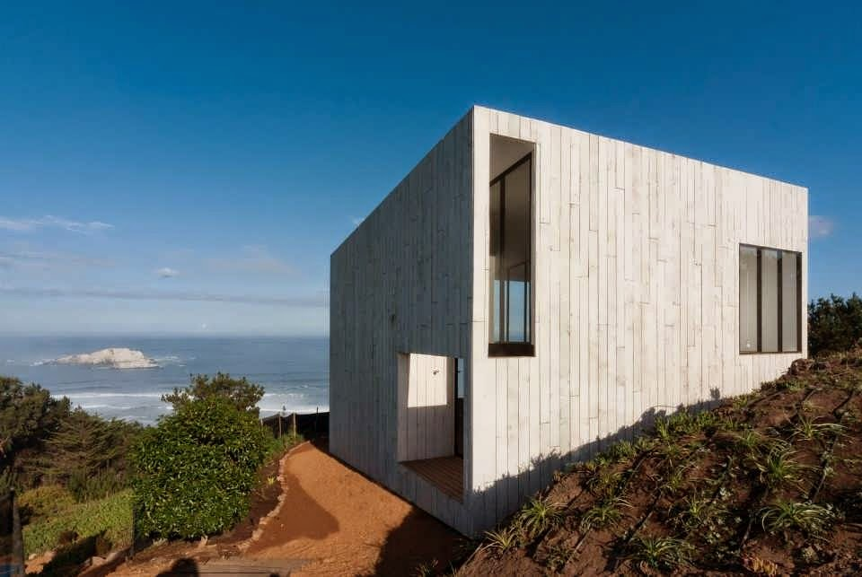 Full wood minimalist house rectangle design viewing