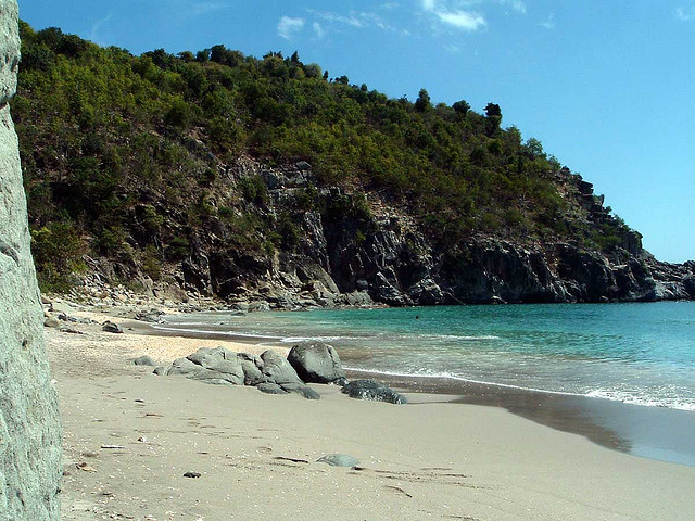 Paisajes hermosos - Página 3 Shell_Beach_St__Barts+viajar+a+san+bartolome+el+caribe