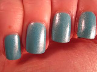 2True-Shade-49-teal-blue-nail-polish
