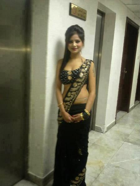 Desi Girls: Unseen Photo