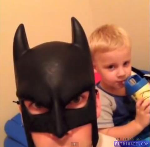 video batdad bila bapa menjadi batman