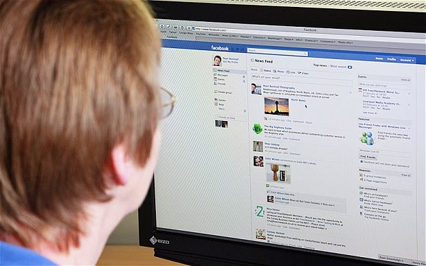 كيف تحفظ الروابط و الفيديوهات في الفيسبوك ؟