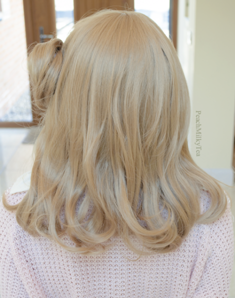 Dark Blonde Synthetic Wig: Wear the Natural Looks