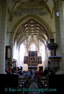 interior biserica biertan