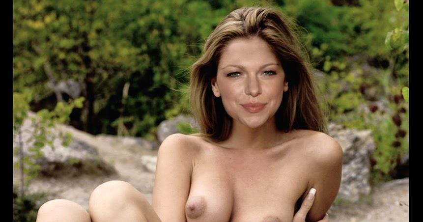 laura prepon naked