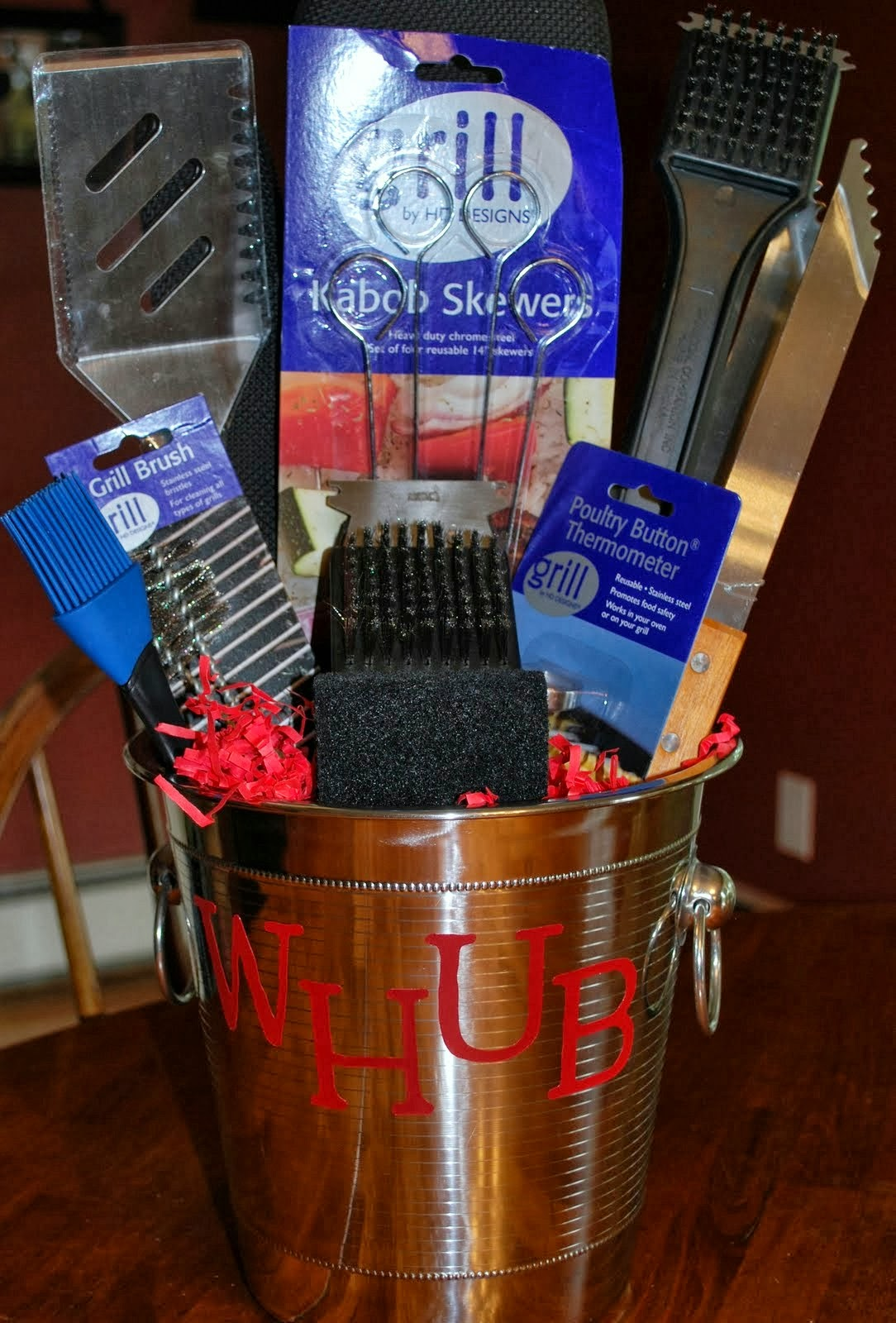 Mama's Crafts: Father's Day BBQ Gift Basket....