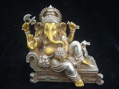 lord ganpati sculpture
