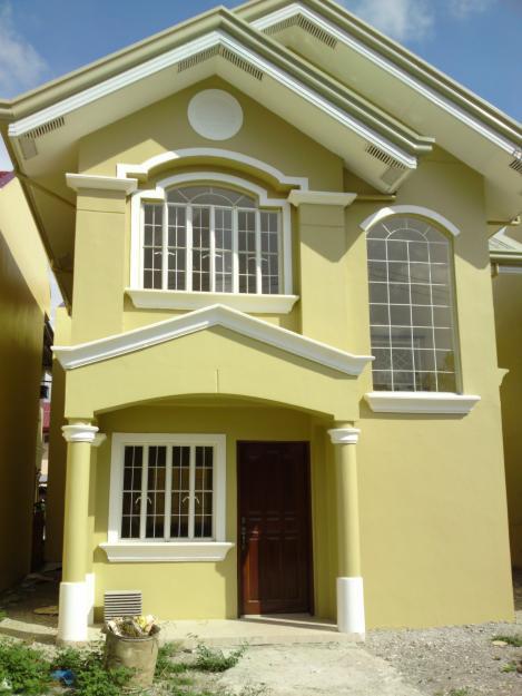 Delightful Feliza House Model Features: