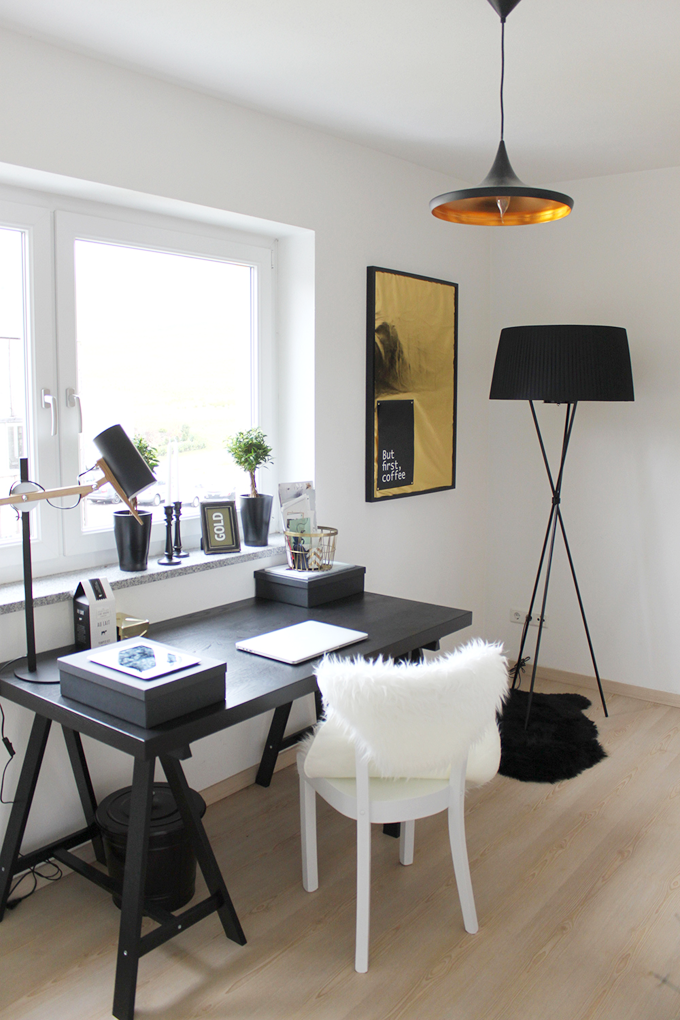at home with verena annabella from who is mocca. Black Bedroom Furniture Sets. Home Design Ideas