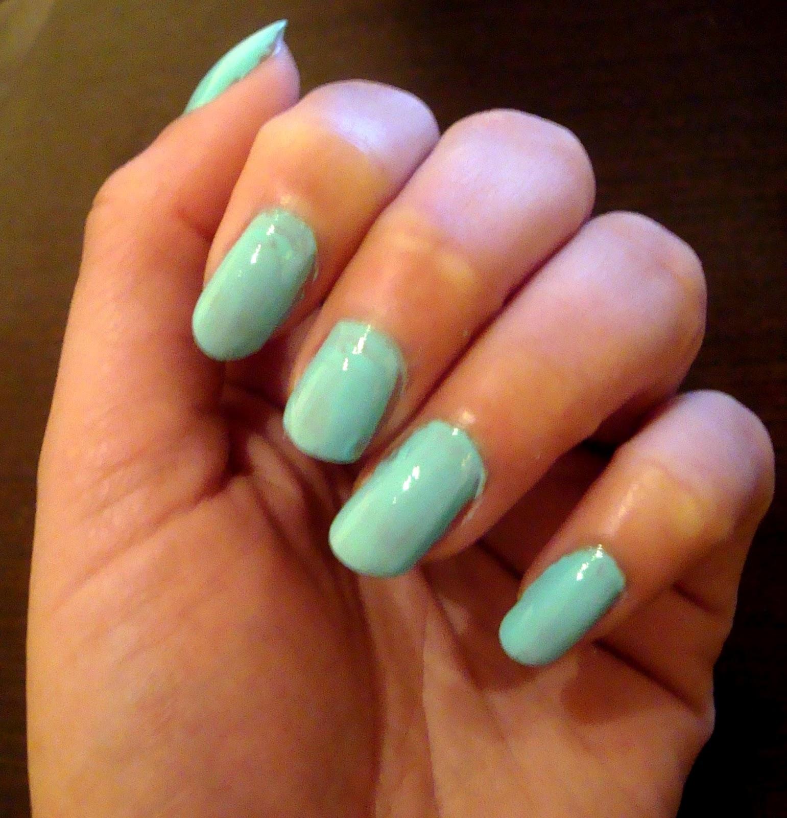 DIY : Esmalte verde agua . | Makeup and Cares