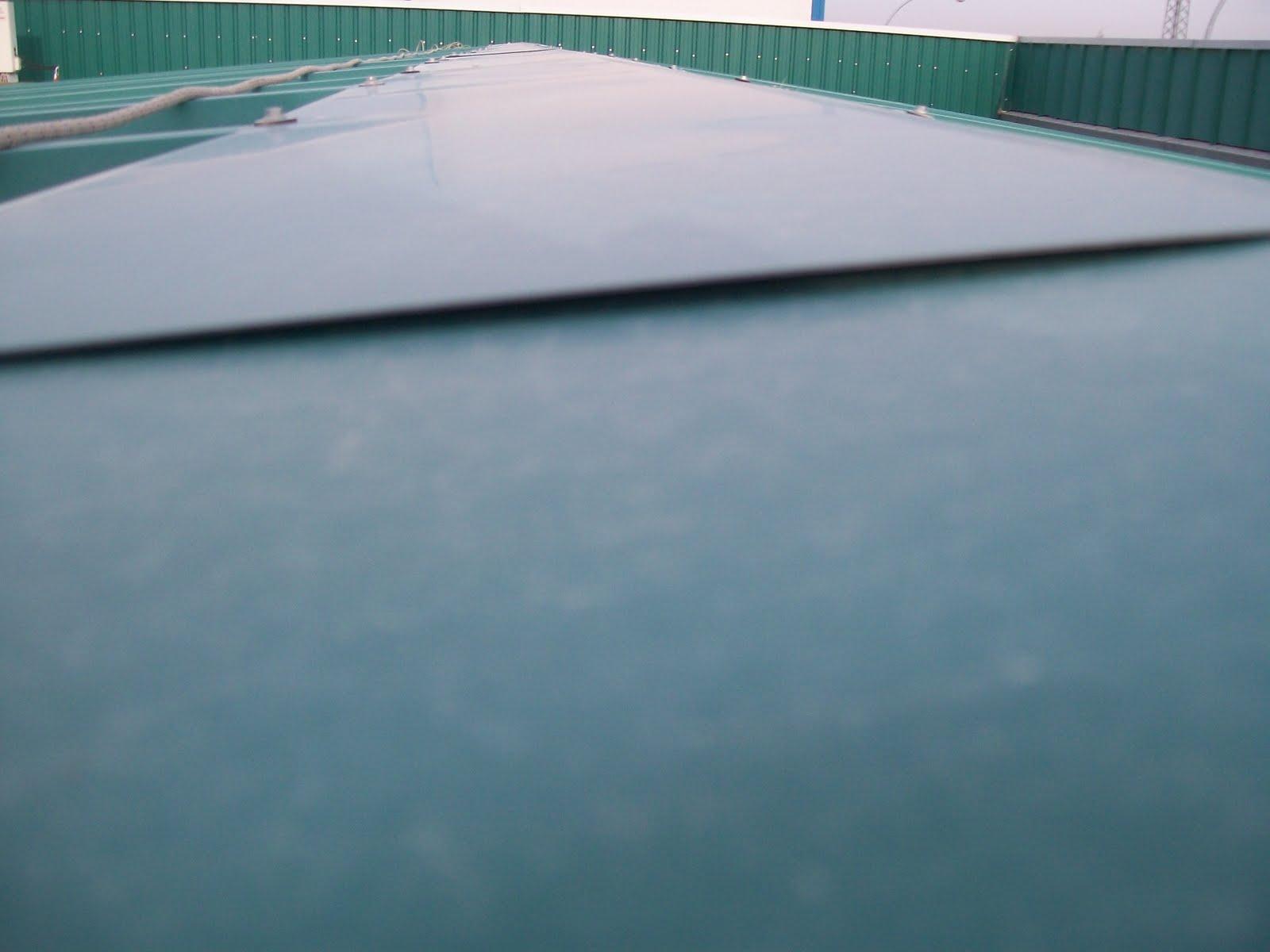 Reparar un tejado de chapa cubiertas naves cubiertas for Tejados de chapa